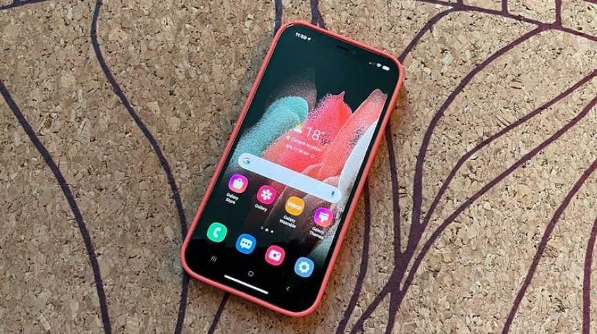 """三星推出""""iTest"""" 用户可以在Iphone上体验安卓系统"""