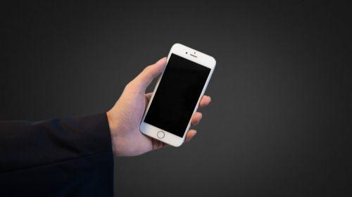 苹果手机为什么突然黑屏开不了机了