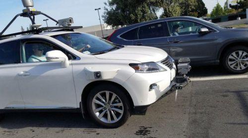 苹果扩大自动驾驶测试车队 苹果自动驾驶员裁员减半
