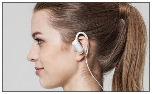 小米蓝牙耳机只有一边有声音是怎么回事