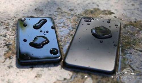 苹果手机掉水里怎么办