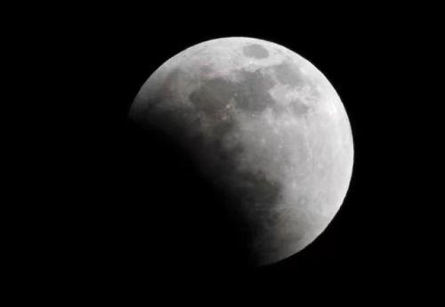苹果手机怎么拍月亮专业模式
